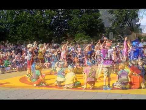 """Basisschool Kienehoef - Sint-Oedenrode """" Culturele dag """" 27-8-2013"""