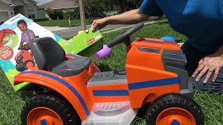 Mow & Go Lawn Mower Toy Review | 6 Volt Ride On Toy by Kid Trax | With Toddler Testing 4K