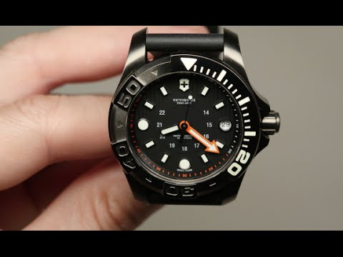 49d21cdf4f6f Victorinox Swiss Army Dive Master 500 Men s Watch Review Model  241555 -  YouTube