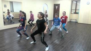 Дети. Танцы. Тренировка. Обучение.