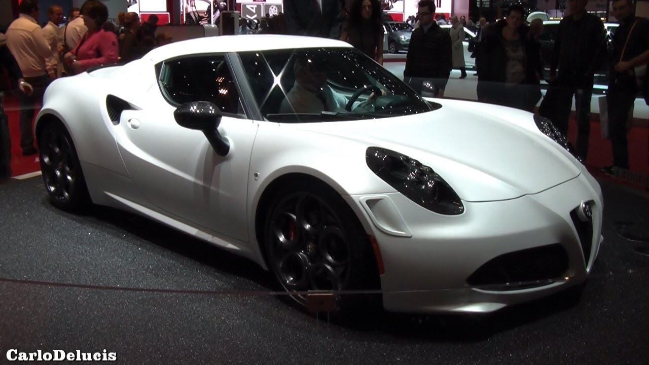 Alfa Romeo 4c >> Alfa Romeo 4C (White, Grey, Red): Exterior And Interior ...