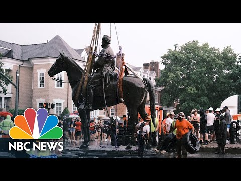 Stonewall Jackson Statue Removed In Richmond, Virginia | NBC News NOW