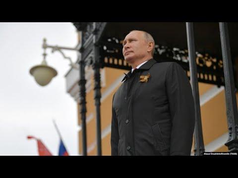 """Для Путина парад в тысячу раз важнее жизней"""
