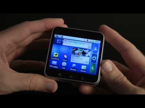 Motorola Flipout Mobile Phone Review