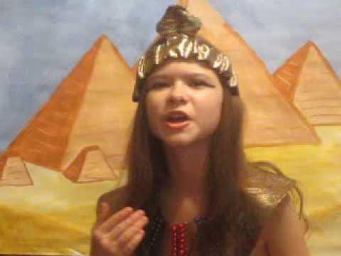 Изображение предпросмотра прочтения – ЮлияИванова читает произведение «Клеопатра (Я — Клеопатра, я была царица…)» В.Я.Брюсова