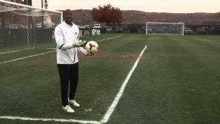 Knight School: How to play a goal kick