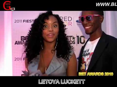 @BETAWARDS 2010 w/ @DABOIGENIUS LIVE FROM THE SOCIAL MEDIA LOUNGE
