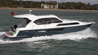 Broom 35 Coupe tested by Motor Boats Monthly