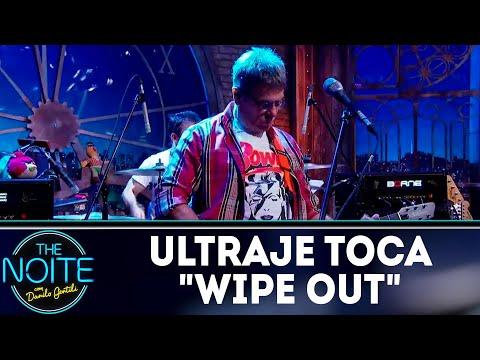"Ultraje a Rigor toca ""Wipe Out"" | The Noite (23/07/18)"