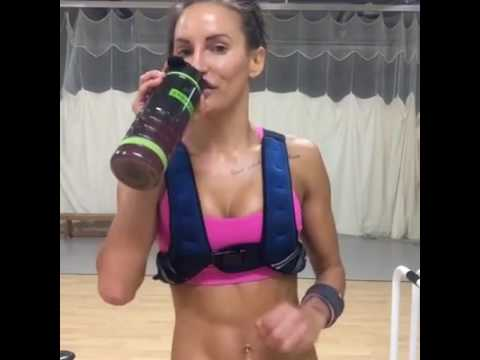 BodyRock - My Favourite 40 Min Strength Workout + 15 Min Shoulder & Ab Burnout