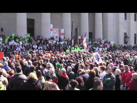 Robin Wright at Stand Up for Ohio Statehouse Rally