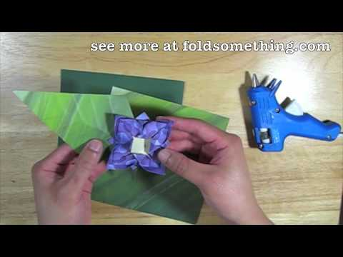 How to make a paper corsage from origami flowers