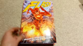 The Flash Omnibus by Francis Manapul & Brian Buccellato Overview