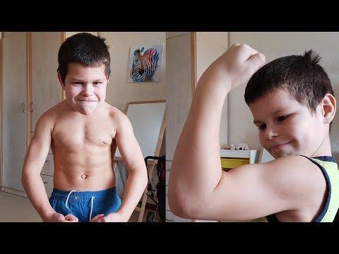 """Маленький """"СИЛАЧ"""" ⚡ Workout Тренировка на брусьях, подтягивания, отжимания,  Бёрпи и пресс"""