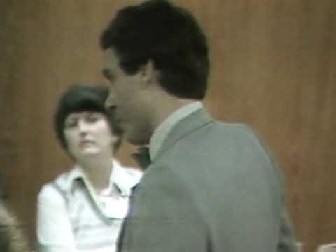 Ted Bundy proposing to Carole Boone during trial.
