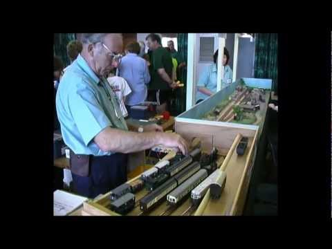 Model Railroad Track Plans and Scenery
