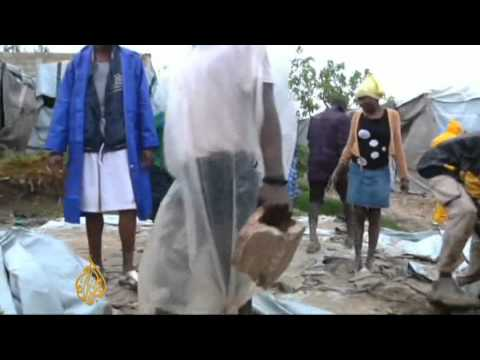 Storm Isaac sweeps through Haiti