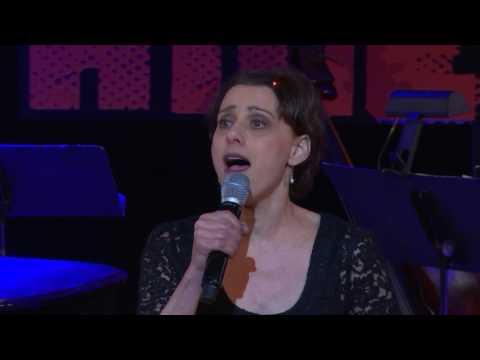 Tony nominee Judy Kuhn sings
