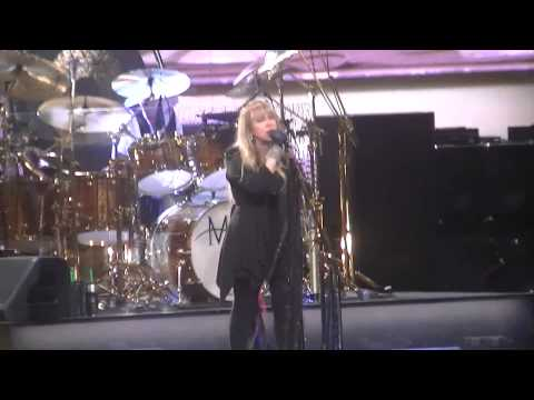 Fleetwood Mac-Don't Stop Live In Milwaukee, WI 2-12-15