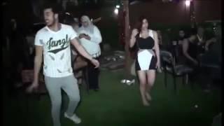 بنت ترقص شعبي علي مهرجان مولد سيدي العريان  وتغلب الولد في الرقص