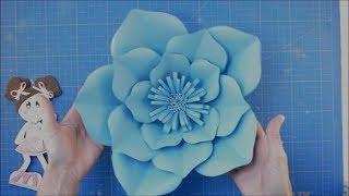 DIY flor gigante de papel para bodas de turquesa