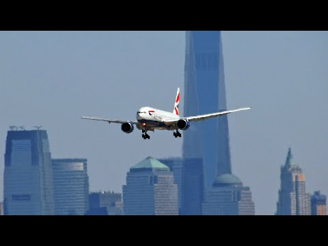 10 Airliners Landing on a 6800ft / 2000m Runway at Newark Liberty Int'l Airport EWR (Full HD)