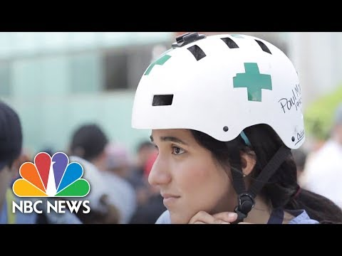 'Green Helmets' Risking Lives To Protect Venezuelan Protesters | NBC News