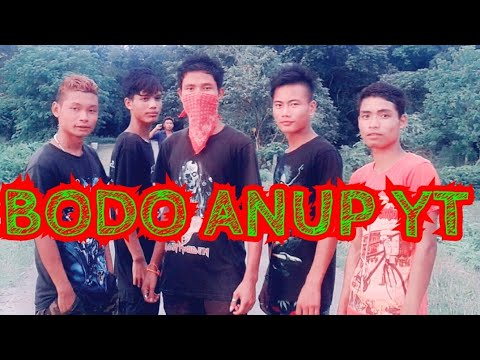 Dwarkuchi Boy's NEPALI SONG Dance (BODO BOY's)
