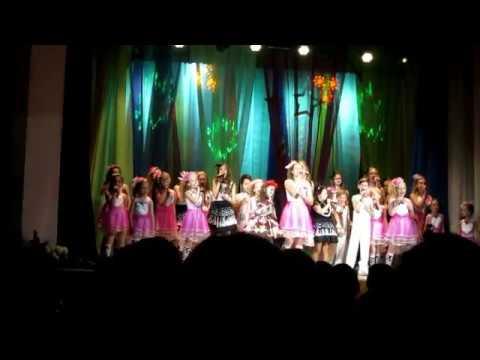 Шоу группа ''Тип топ'' - Ребёнок, который поёт (А.Соколов - А.Белоножко) фрагмент