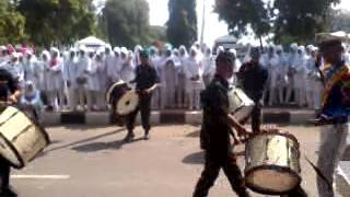 Video atraksi marching band smkn 2 subang