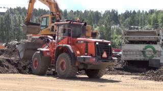 Doosan 350 wheel loader Large machines at work