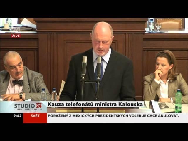 Kalousek Skokanovi: Nazdar, ty debile