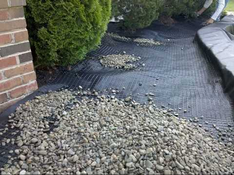 Stone Scaping With Gravel Lok Youtube