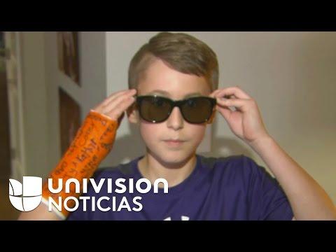 Un niño de Iowa que nació daltónico ahora puede ver la vida a color gracias a unos lentes especiales