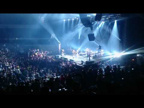 Karma Chameleon - Culture Club ft. Boy George Live in Manila 2016