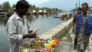 Roadside food seller in Srinagar town, India