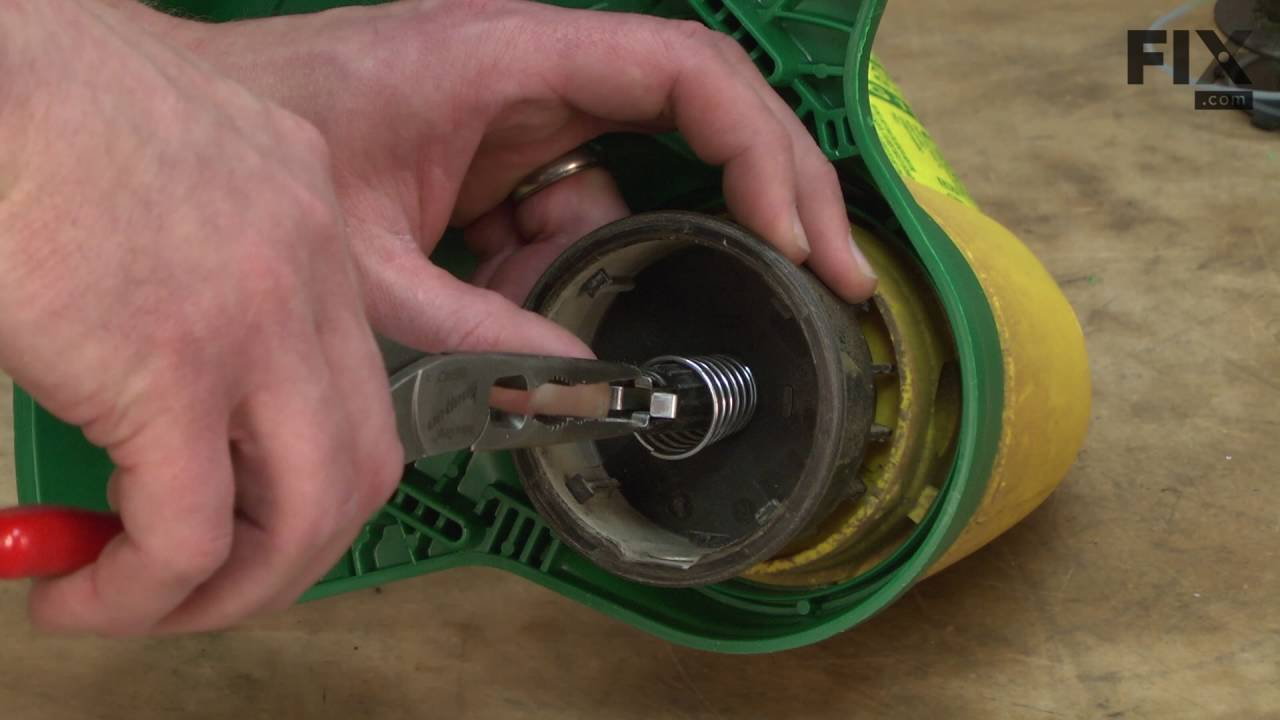 Weed Eater Repair >> Weed Eater String Trimmer Repair How To Replace The Spool Retainer