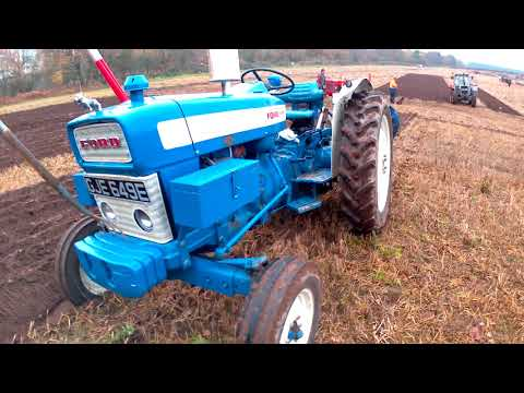 1967 Ford 4000 3.3 Litre 3-Cyl Diesel Tractor (55HP) With Ransomes Plough