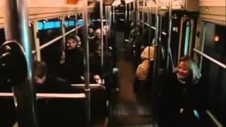 Может ли один человек рассмешить целый вагон в метро?!