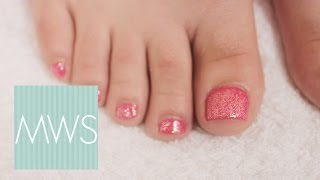 Luxurious Pedicure: Bridal Beauty S01E4/8(Nothing gets you in the mood for a wedding quite as much as a luxurious pedicure! In this episode of Bridal Beauty Suzy Taylor shows you how to get your feet ..., 2013-11-08T17:17:16.000Z)