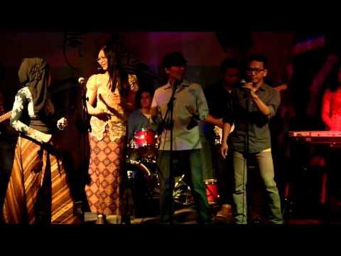 Medley lagu daerah/Indonesia Pusaka (Indonesian Evening 2013) -The BandIDS