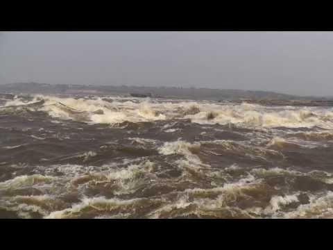 Бурная река Конго - Браззавиль!