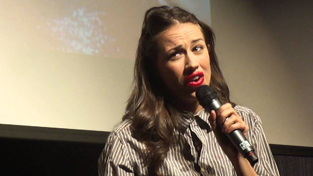 Miranda Sings: All I Want For Christmas Is You - YouTube