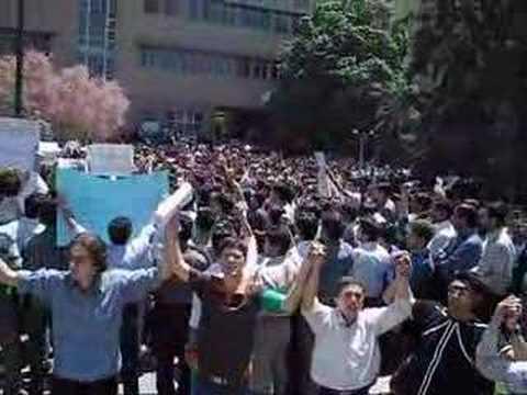 Tabriz University-Anti Chuvinizm Demenstration in South Azerbaijan(iran) İranda Türk Öğrencilerin Faşist Farslara karşı gösterileri-Tebriz Üniversitesi
