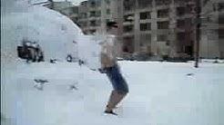Lumipallo + Uimashortsit