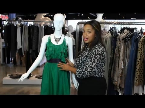 70975bc2587 How to Accessorize an Emerald Green Dress   Fashion Stylings - YouTube