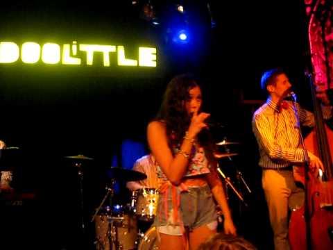 Eliza Doolittle - Go Home. Live @ Bitterzoet Amsterdam. March 6th 2011.