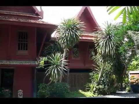 Jim Thompson House - Tropical Garden in Bangkok, Thailand
