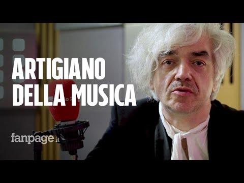 Morgan e il racconto di Cantautoradio: 'Il ruolo della canzone d'autore è farti ragionare'