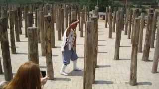 Шаолінь /  Shaolin monks / Тренировки монахов Шаолиня в реальности(Шаолінь. Відоме місце для знавців кунг-фу. Деякі методи тренування монахів Шаоліня показані в екскурсії..., 2015-09-03T19:15:29.000Z)